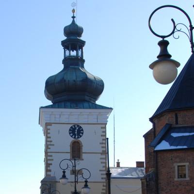Zabytkowa wieża kościoła